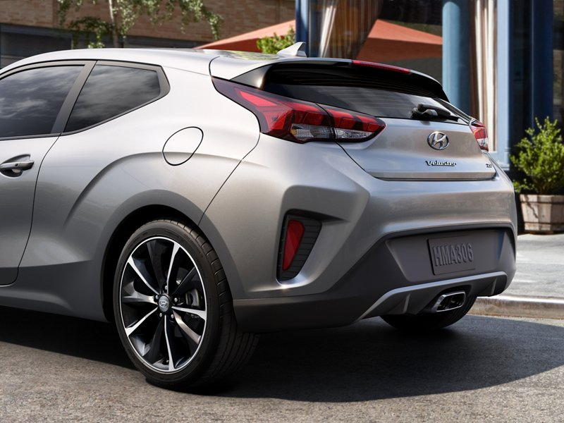 2021 Hyundai Veloster rear view