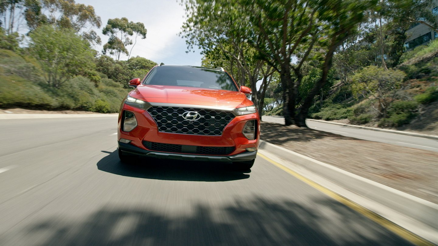 play 2020 hyundai santa fe driving video