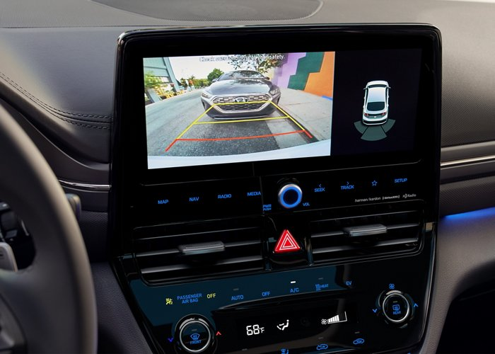 2020 Hyundai Ioniq Electric rear view monitor