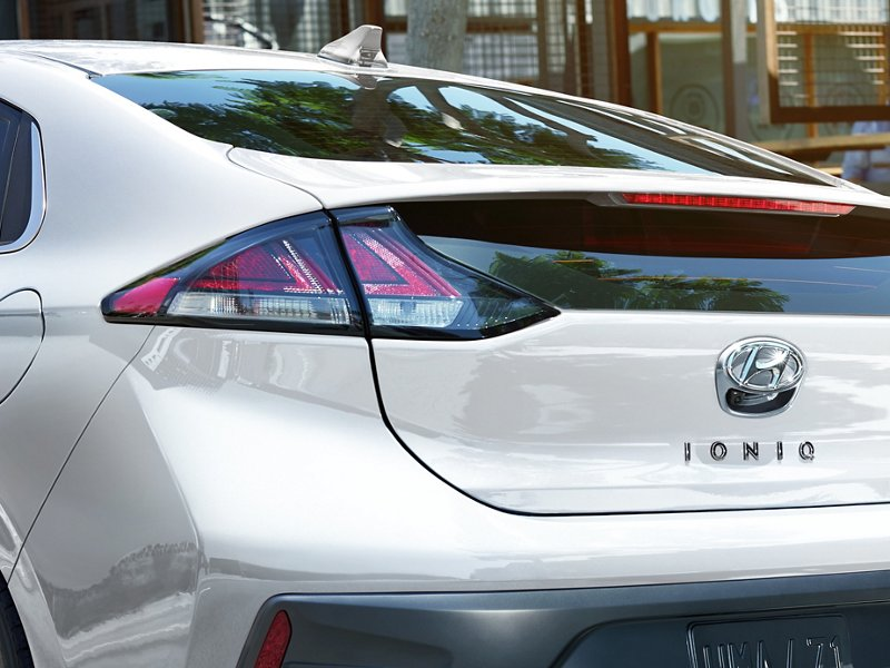 2020 Hyundai Ioniq Electric trunk