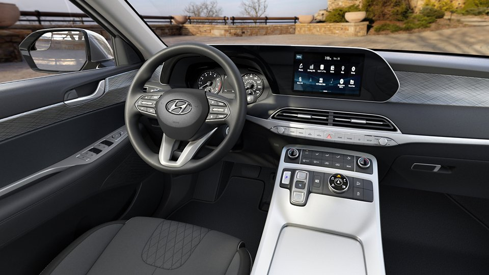 360 Interior Image of the 2021 PALISADE SE in Black