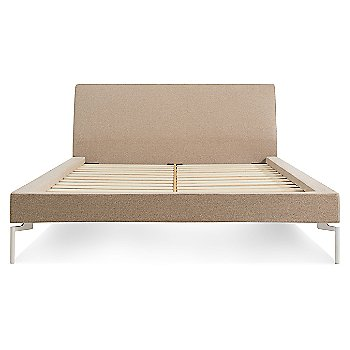 Show in Thurmond Wheat with White finish, Queen size