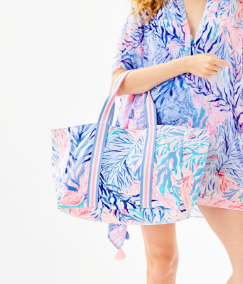 Lillys Lagoon Tote Bag, Crew Blue Tint Kaleidoscope Coral, large 2