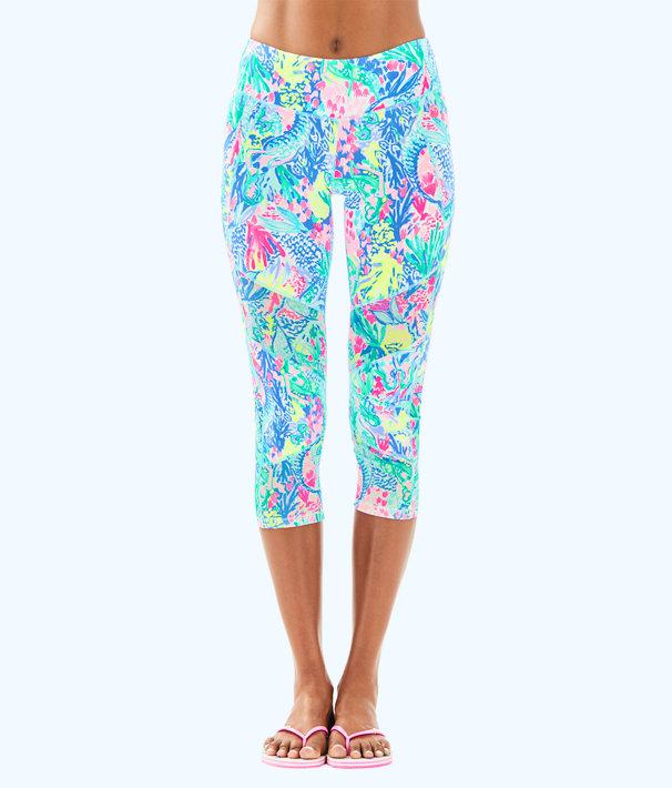 https://www.lillypulitzer.com/luxletic-21-theah-weekender-crop-legging/29112.html?cgid=clothing&dwvar_29112_color=999YU3#start=1