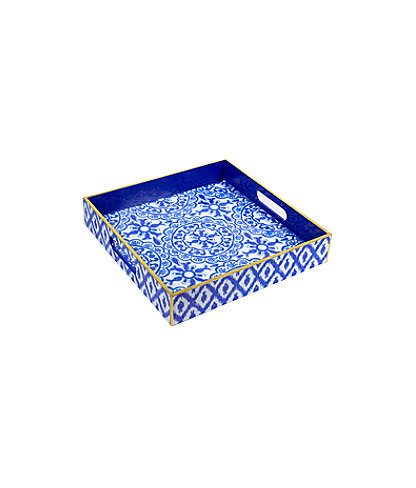 Lacquer Tray, Resort White Pooling Around, large