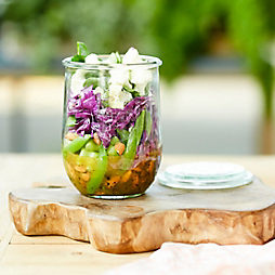 A Simple Lunch in Weck with Jar Salads