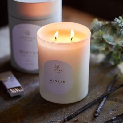 Linnea's Lights Candle, Winter