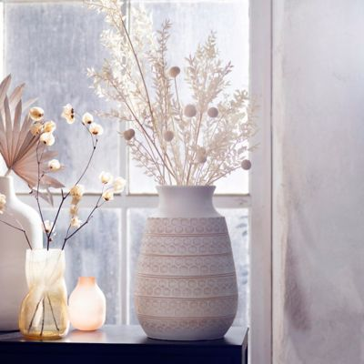 Shop the Look: Sun Bleached Stems in Ceramic Vases