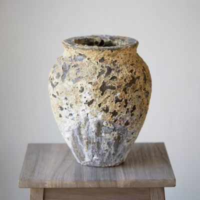 Barnacle Round Shoulder Vase
