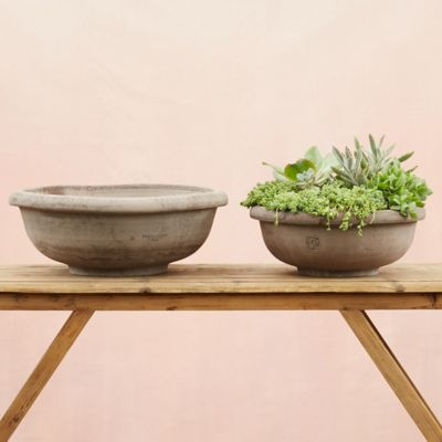 Bergs Rounded Bowl Planter