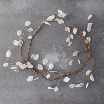 Icy Leaves Garland