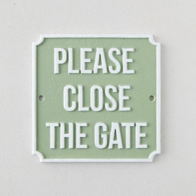 Cast Iron Please Close the Gate Sign