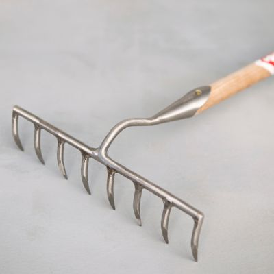 Sneeboer Eight-Tooth Garden Rake