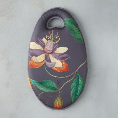 RHS Passiflora Garden Kneeler