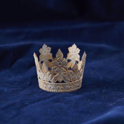 Winter Flowers Metal Crown