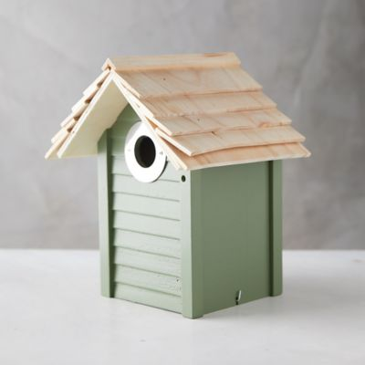 New England Birdhouse