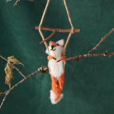 Felt Swinging Fox