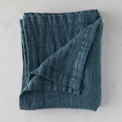Washed Linen Waffle Throw