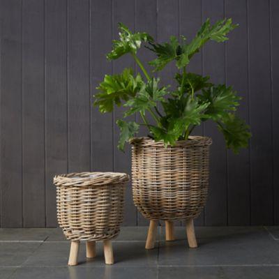Rattan Footed Basket Planter