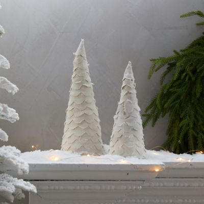 Scalloped Fabric Christmas Tree
