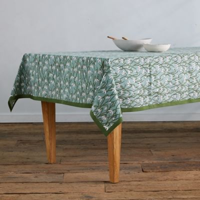 Ivy Snowdrops Tablecloth