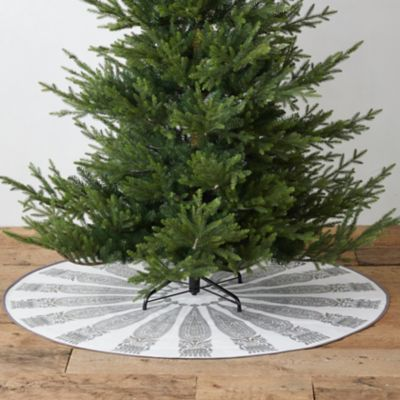 Cotton Carpet Tree Skirt