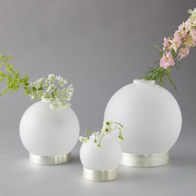 Brass Vase Ring Set