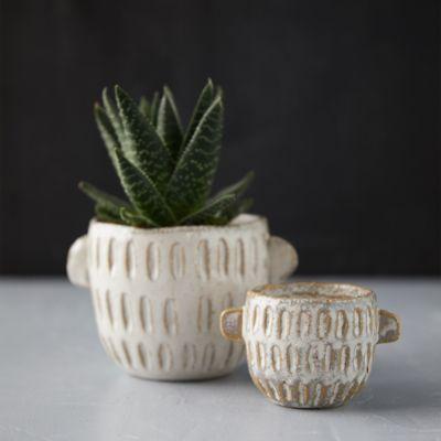 Ceramic Notched Pot