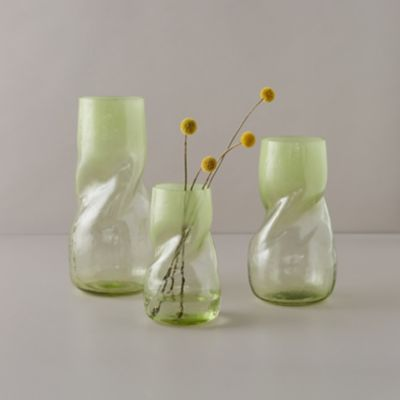Color Dip Twist Vase, Grass Green