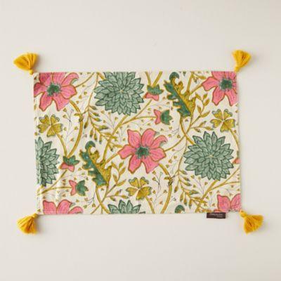 Vintage Florals Tasseled Placemat