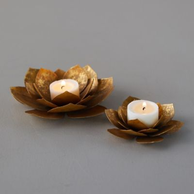 Golden Sitting Flower Tea Light Holder