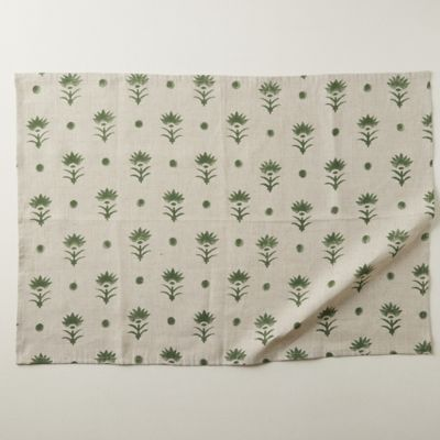 Dotted Botanics Table Linen Collection