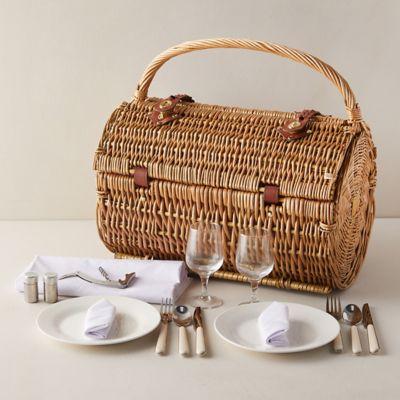 Wicker Outdoor Dining Basket