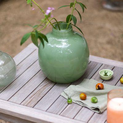 Swirled Movement Glass Vase