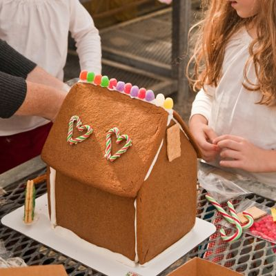 Gingerbread House Workshop, 12pm