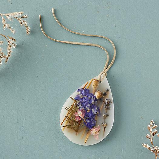 View larger image of Pressed Flower Wax Sachet, Roman Lavender