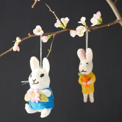 Felt Springtime Bunnies, Set of 2