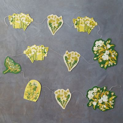 Hedgerow Spring Paper Garland