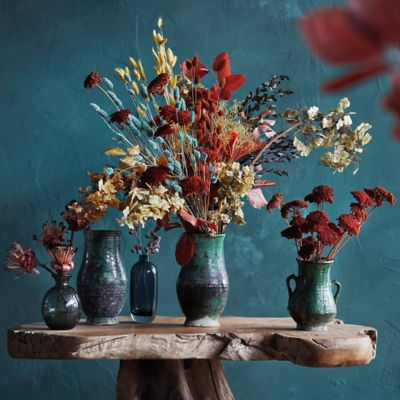 Shop the Look: Statement Stems in Ceramic Vases