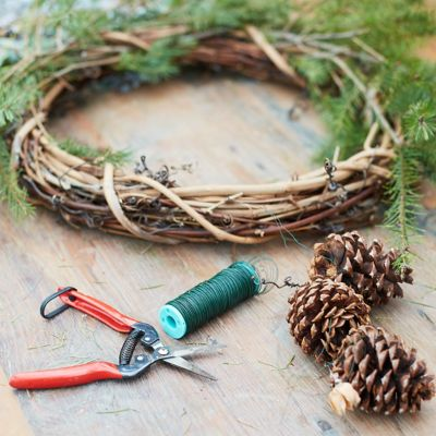Holiday Wreath Making Workshop, 3:30pm