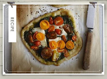 Recipe of the Week: Pizzette with Arugula and Casciotta d'Urbino