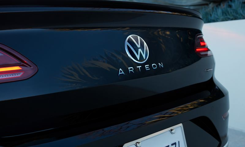 Arteon shown in Deep Black Pearl highlighting trunk and LED taillights